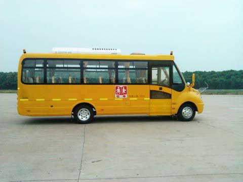 东风24-37座小学生专用校车
